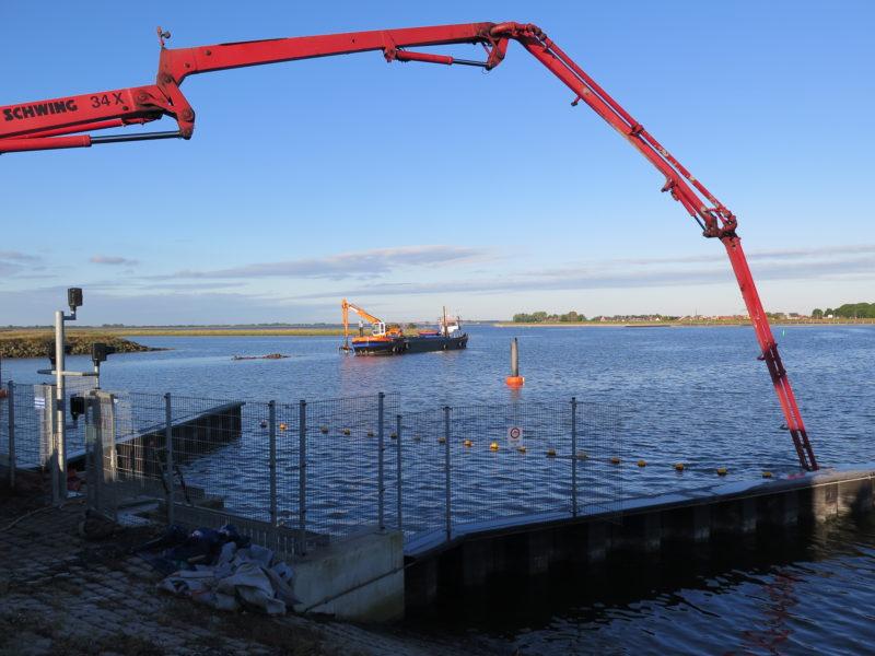 Onderwaterbeton storten Sint-Philipsland